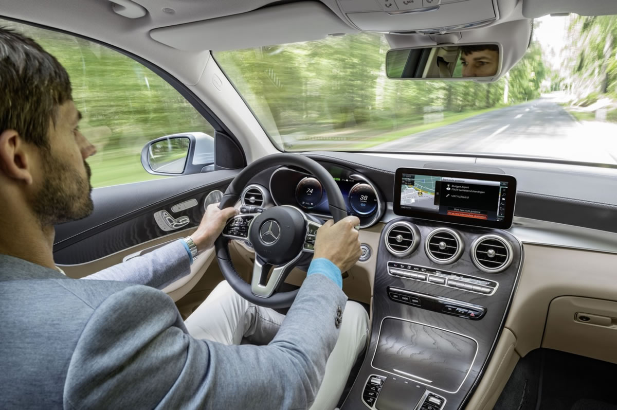 interior mercedes glc
