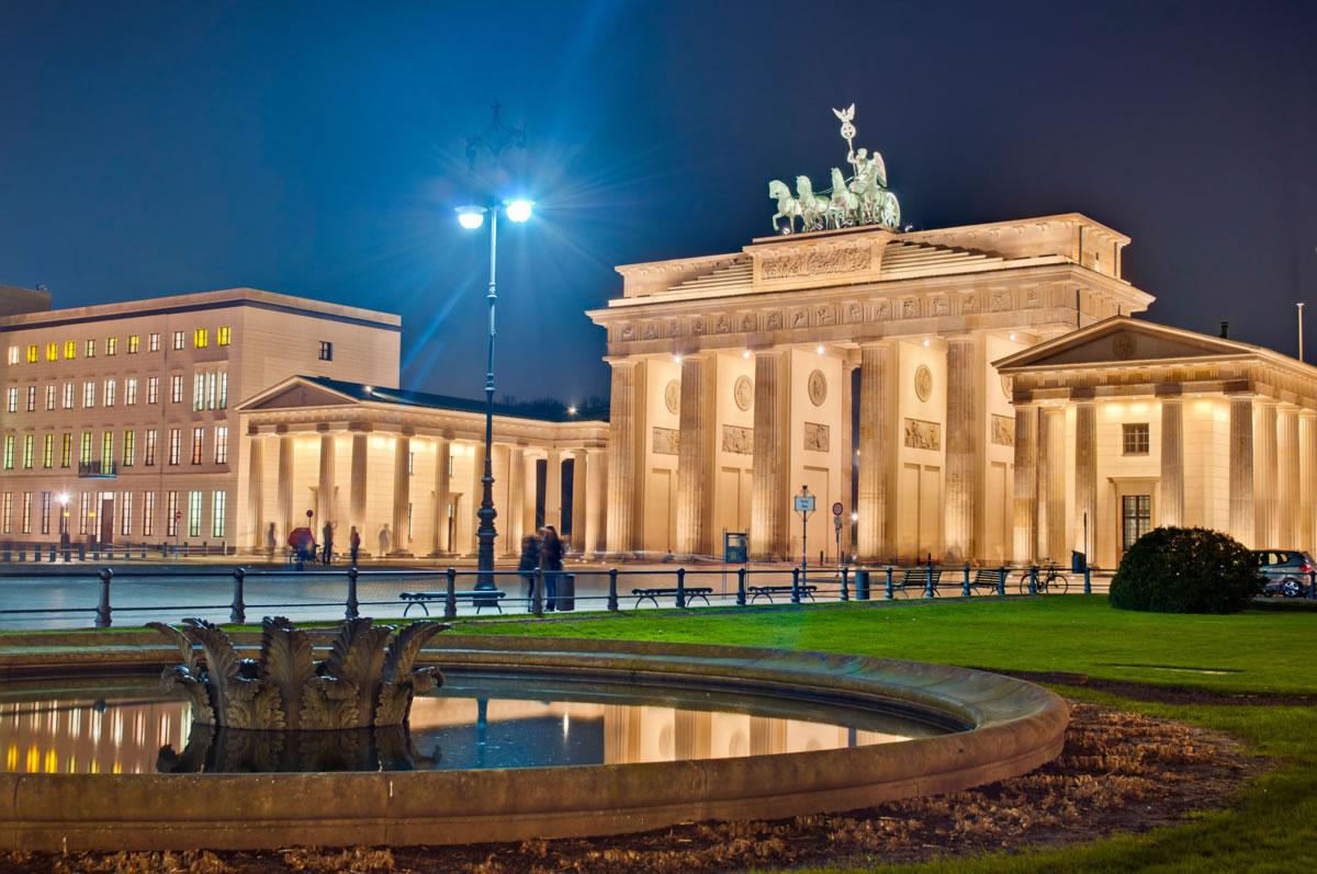 Puerta de Brandemburgo por la noche