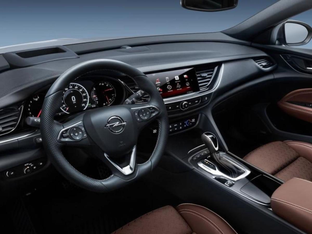 interior del Opel Insignia