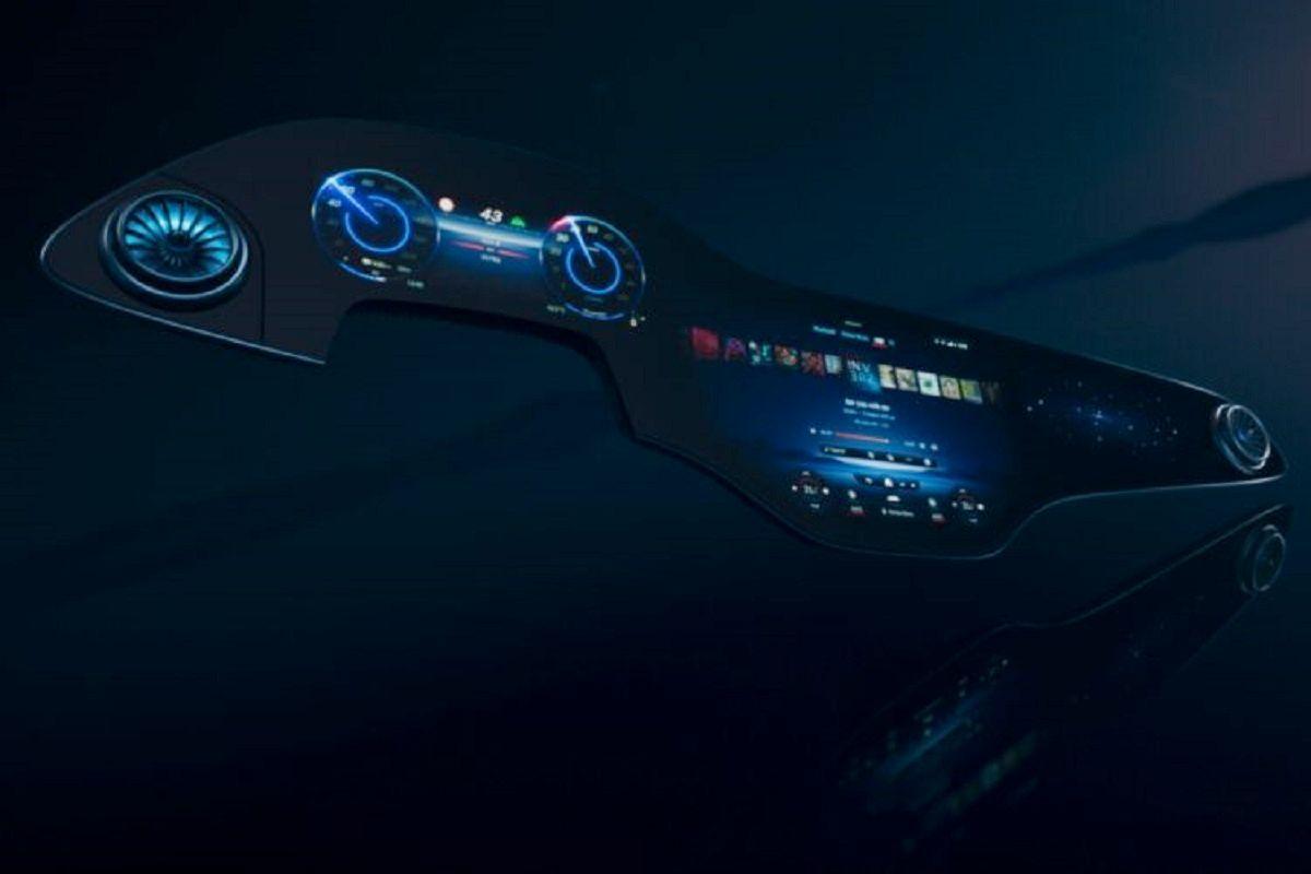 pantalla Mercedes con inteligencia artificial